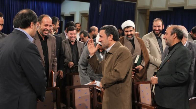 دیدار نمایندگان با احمدی نژاد