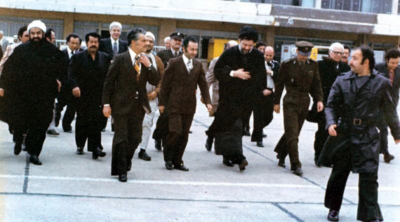 امام موسی صدر در حال عزیمت به لیبی