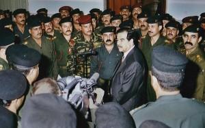 صدام در بین فرماندهان