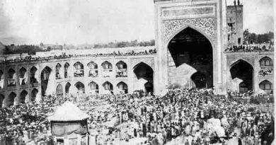 شاهدان قیام گوهرشاد از کشتار ۸۳ سال قبل میگویند؛ گروهان رضا ماکسیم در صحن رضوی