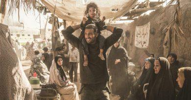 ادعاهای عجیب در فیلم تنگه ابوقریب/ نهادسازی موازی کار را خرابتر میکند.
