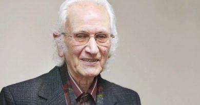 خاطرات شنیدنی یک خواننده از جنگ جهانی دوم و هیتلر تا ممنوع الکاری