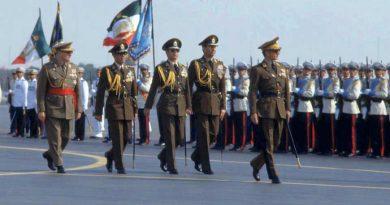 ارتش، از تکیه گاه شاه تا رابطه با امام